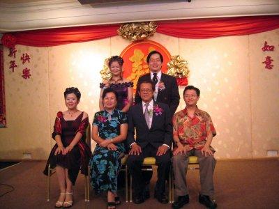 bridesfamily (286k image)